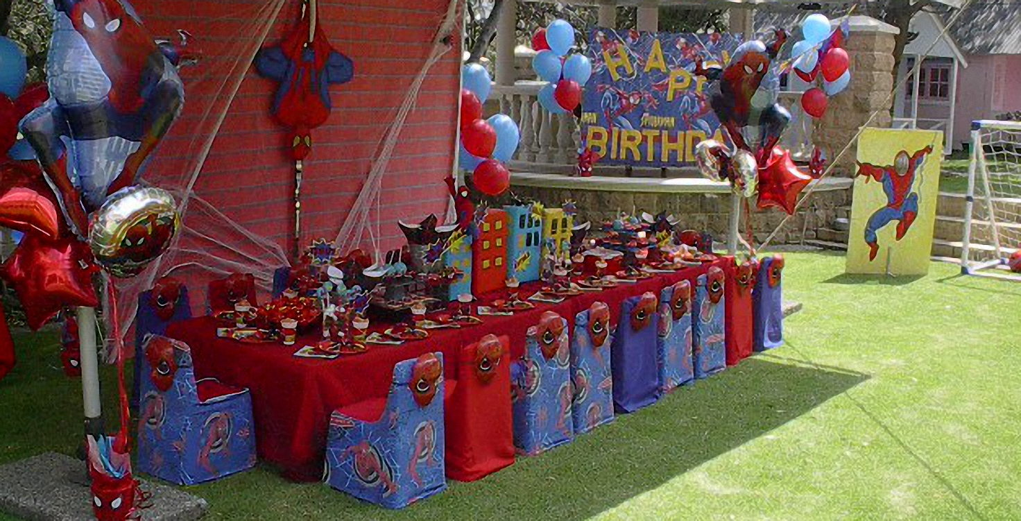 Spiderman Themed Party Table and Decor